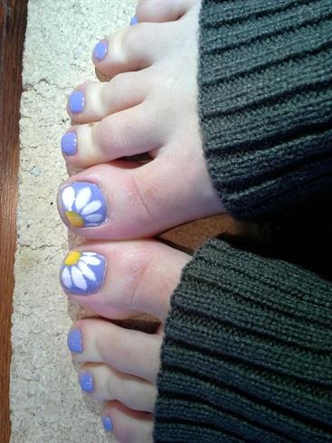 Daisy Toes