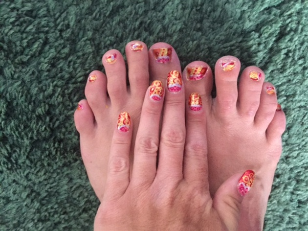 Summer Party--Toes
