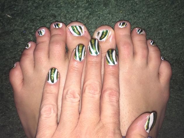 Lucky Streak--Toes