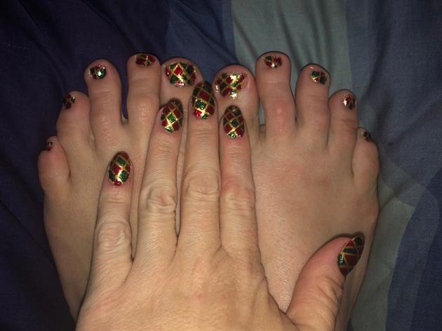 Christmas Glass--Toes