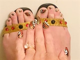 Throwback Halloween Ghosts--Toes