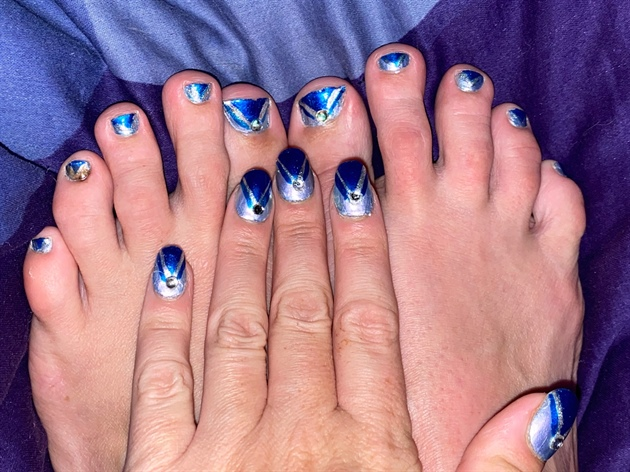 Simply Blue--Toes