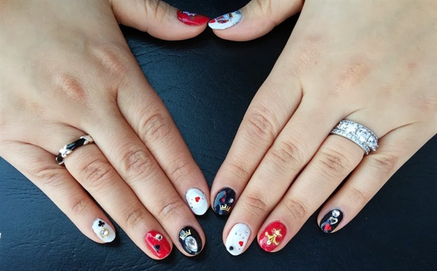 Valentine's Day Poker Nails