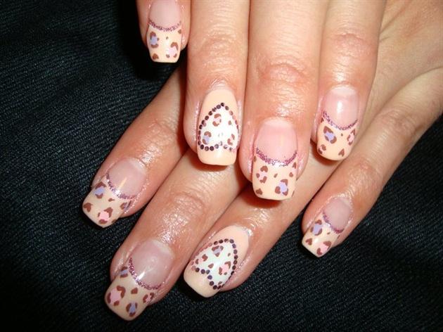 Pink/Purple Leopard Heart Nails