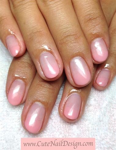 simple pink gradation nails