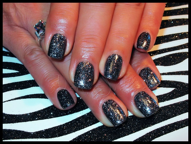 Gel Manicure with Pressed Glitter