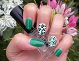 Green leopard and glitter