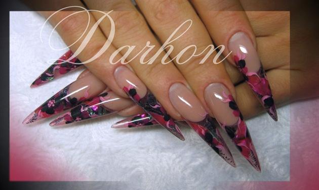 shell nail wrap