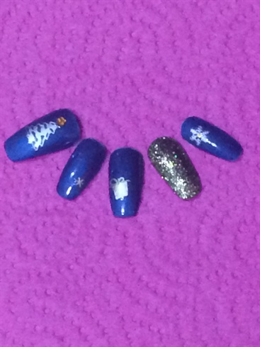Blue Xmas Nails