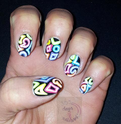 Neon light nail art