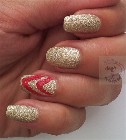 Simple nail art with liquid sands