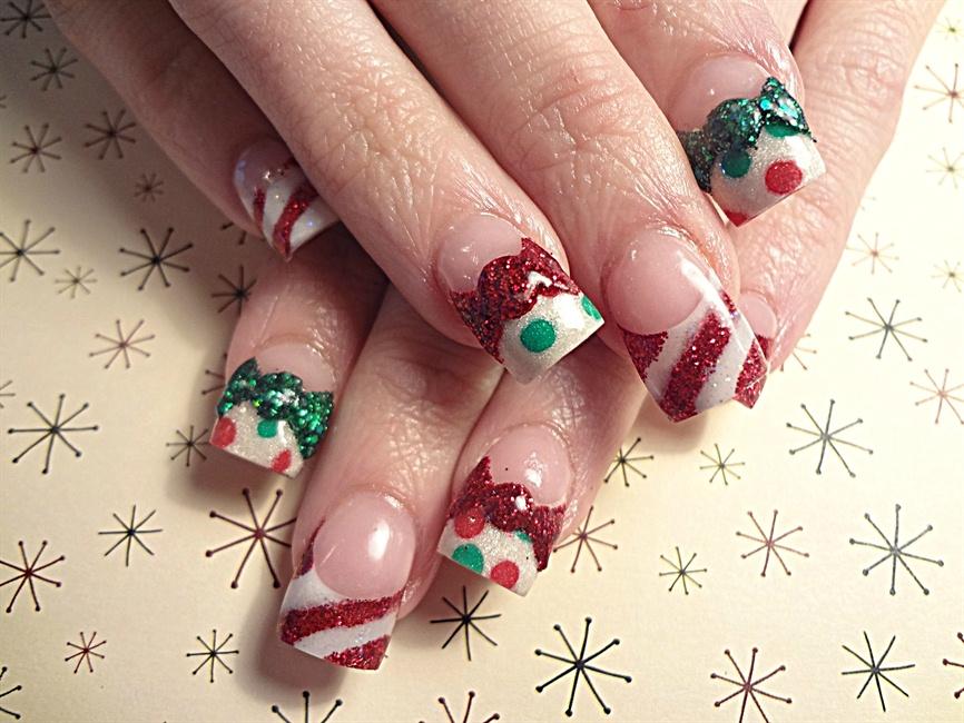 Christmas bows - Nail Art Gallery