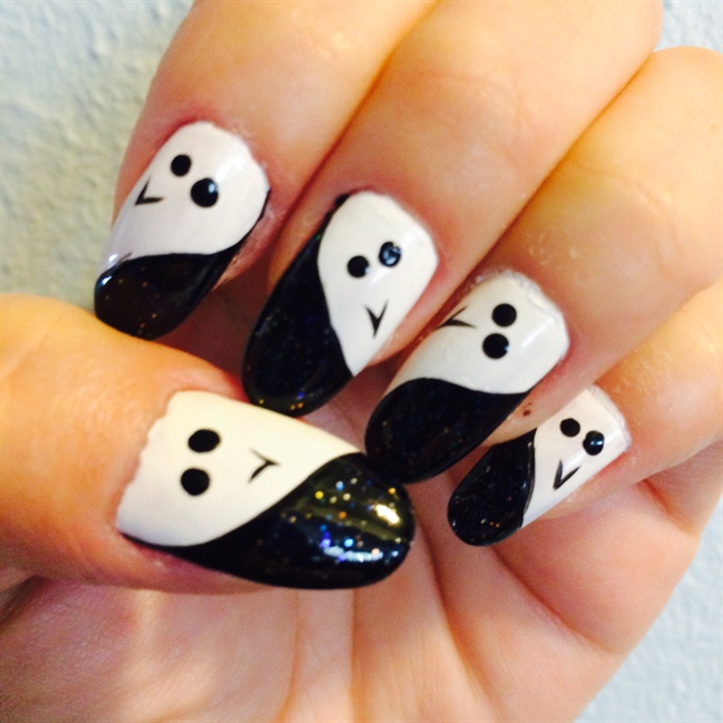 Easy Ghost Nail Art Tutorial Nail Art Gallery