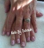 Red & white stripes.