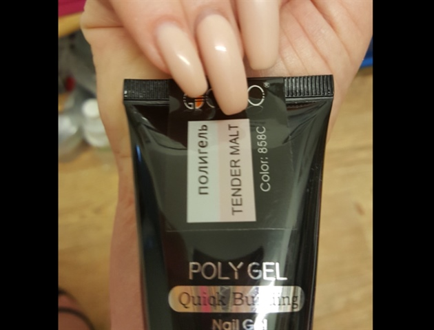 Review Polygel