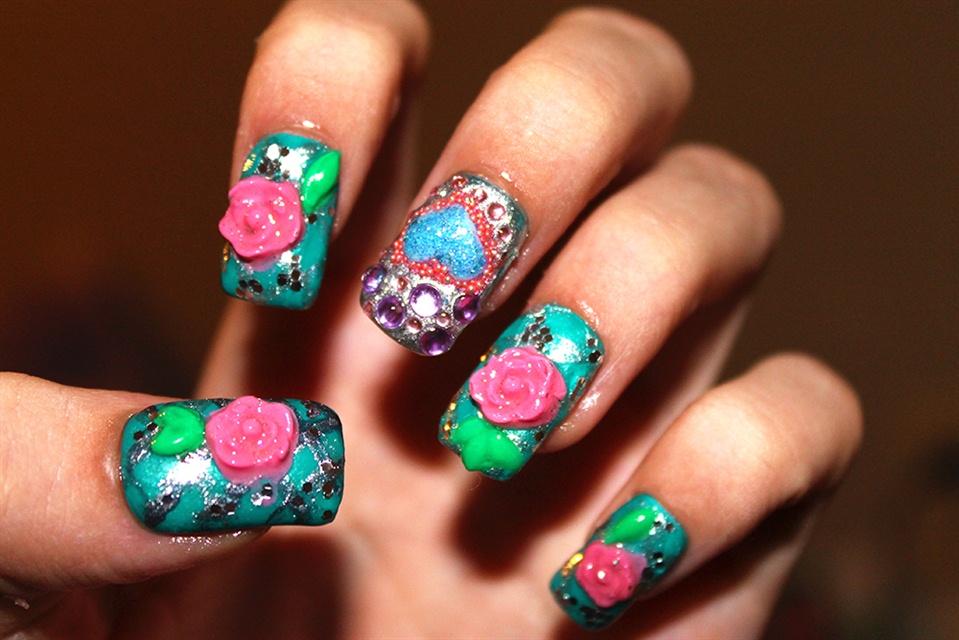 Princess Aurora inspired - Nail Art Gallery