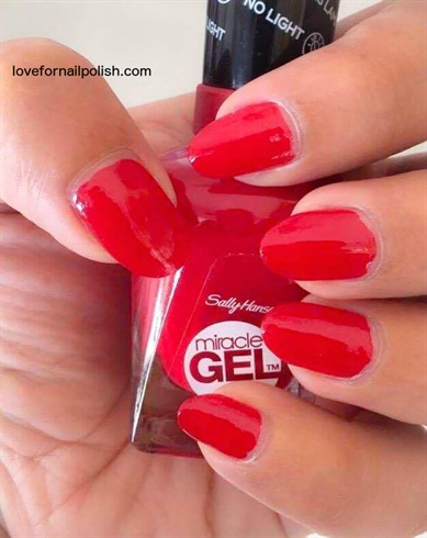 Sally Hansen Miracle Gel, Rhapsody Red