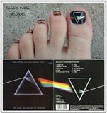 Pink Floyd toes!