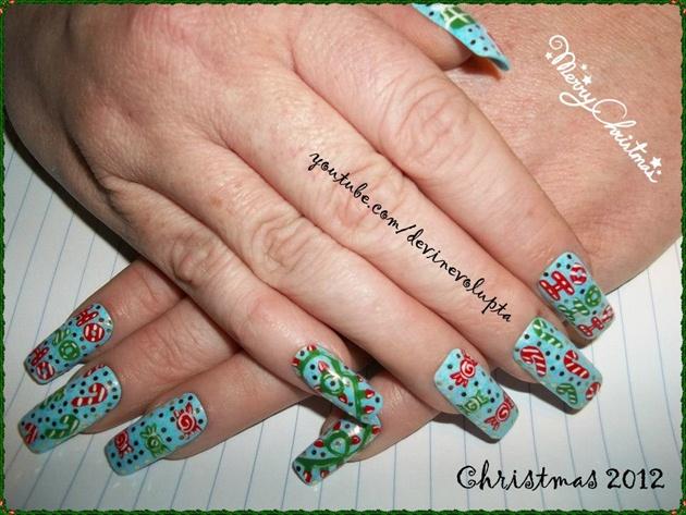 Wrapping Paper Christmas Nail Art