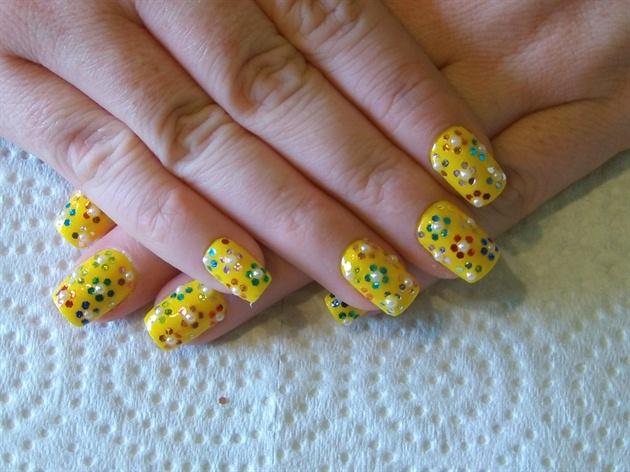 Retro Flower Hexagon Glitter Design Nail Art Gallery