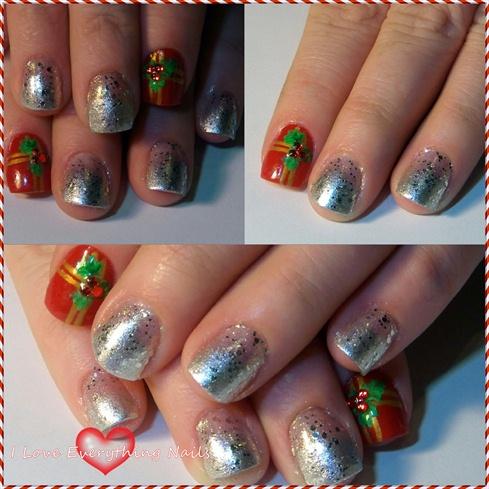 Poinsettia Gift Nails