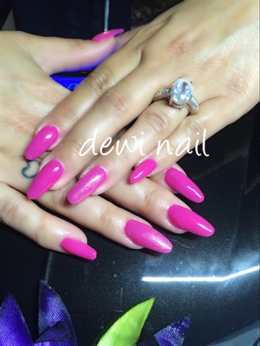 Pink Tutti Fruty Nail CnD Shellac