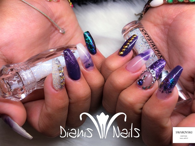 Acrylics full set, swarovski certified nail artist