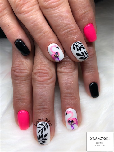 Gel manicure, swarovski nail artist