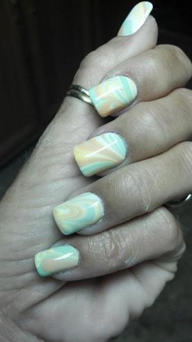 Pastel water marble