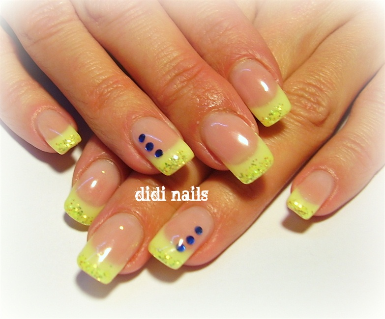 neon yellow - Nail Art Gallery