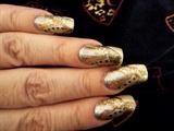Abstract gold nails