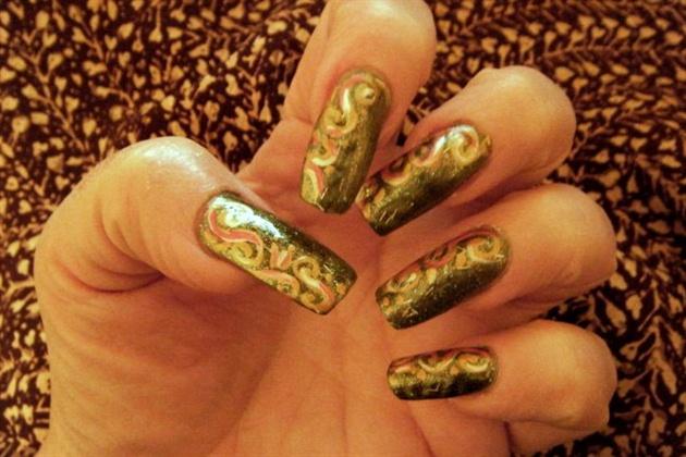 Autumn Scrolls nail art