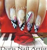 piano nails hand painted,
