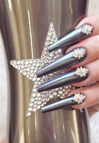 Coffin shape nails with crystals, chrome look