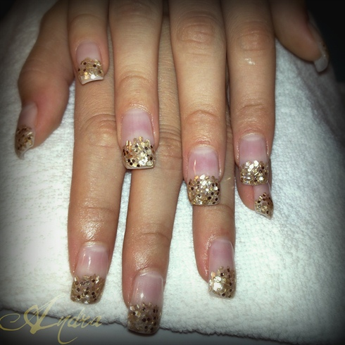 golden crushed shells & sum glitter