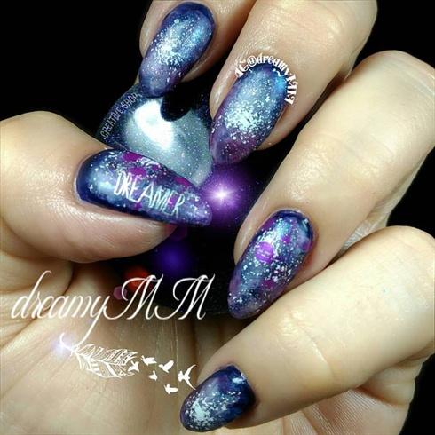 Galaxy dreamy nails
