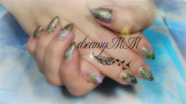 Peacock Vintage nails