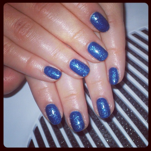 blue gel polish