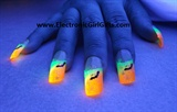 BioLumiNails - Yellow/Orange Bat - hallo
