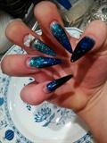 blue-black-turkiz
