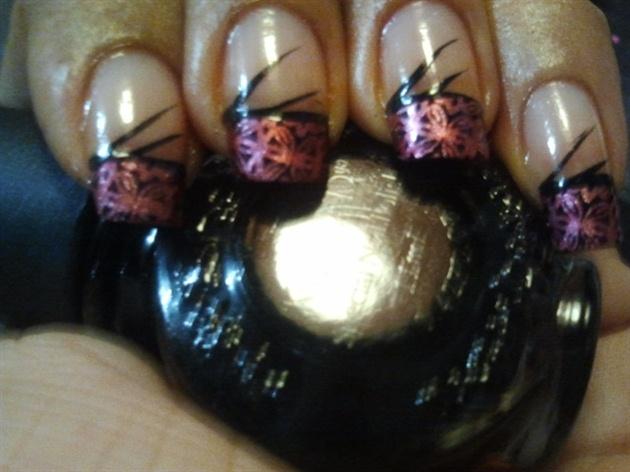 Dancing nails
