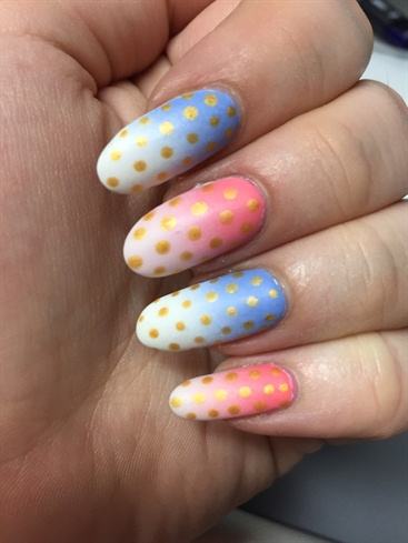 Gradient Polka Dots
