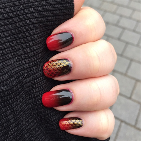 Red & Black Scales