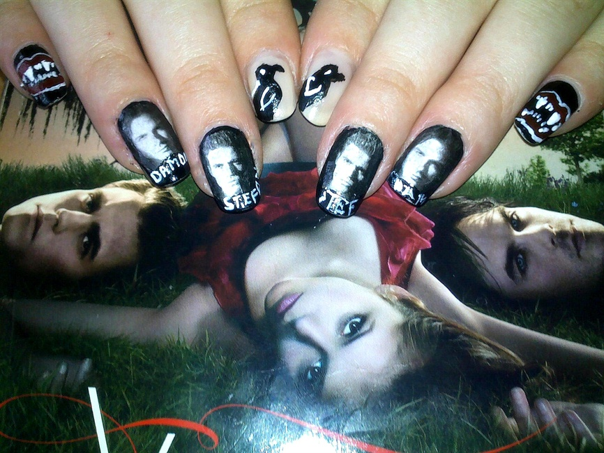 The Vampire Diaries - Nail Art Gallery