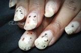 Classy glittered vanilla nails