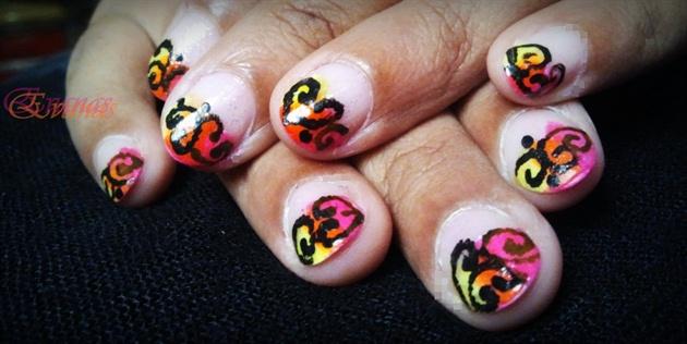 Neon tips with swirls nail art