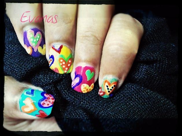 Retro Hearts nail art