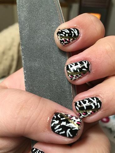 Black And White Leo And Zebra Prints