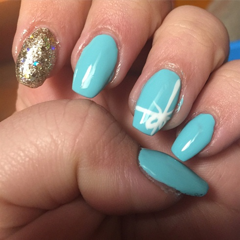 Tiffany Nails With A Golden Touch