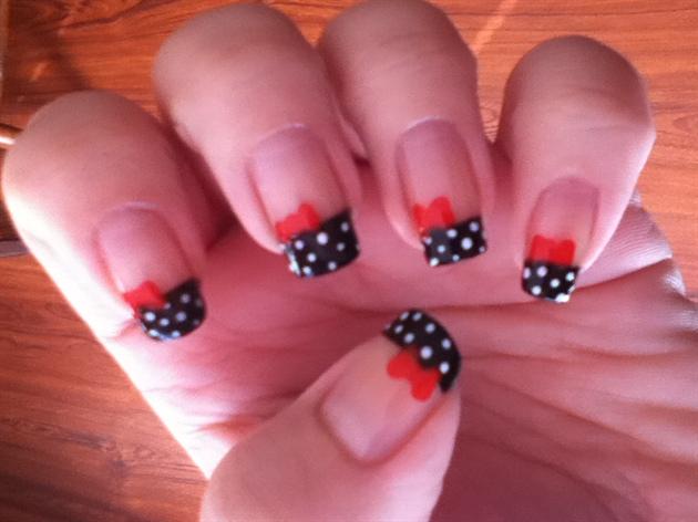 Pinup Bows And Dots Nail Art Gallery